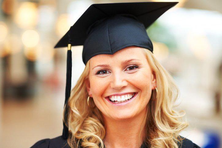 nurse graduating with bsn